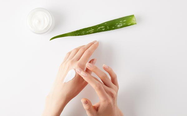 How Often One Needs to Apply Hand Cream