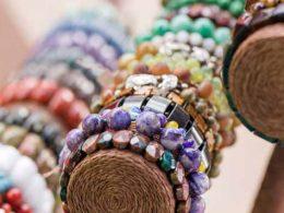 How to Design Crystal Bracelets