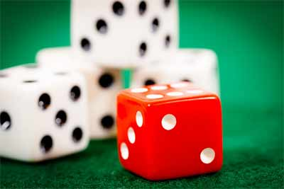 What are the types of dice games